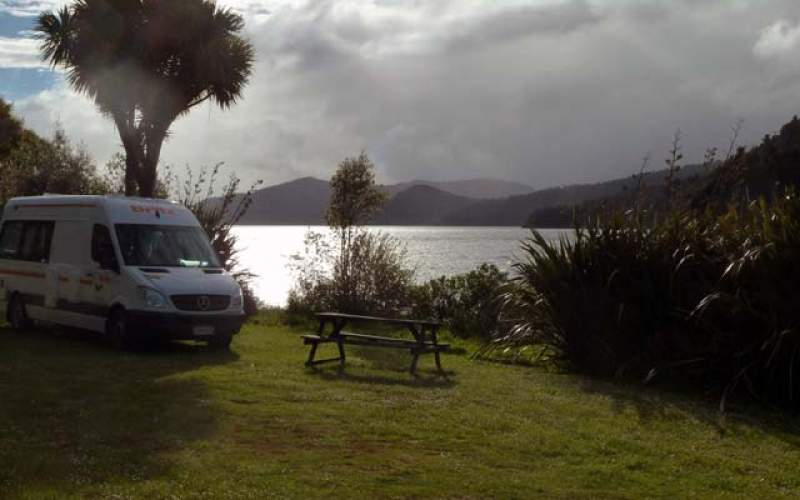 Waikaremoana Holiday Park | Full Service Camp | New Zealand